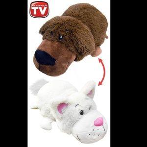 "Flip A Zoo: Labrador & Cat REVERSIBLE 20"" Plush"
